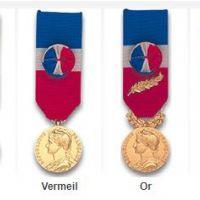 Rappels : la médaille d'honneur du travail